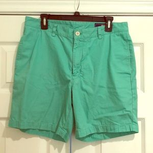 MENS Vinyard Vines Short gently used Shorts